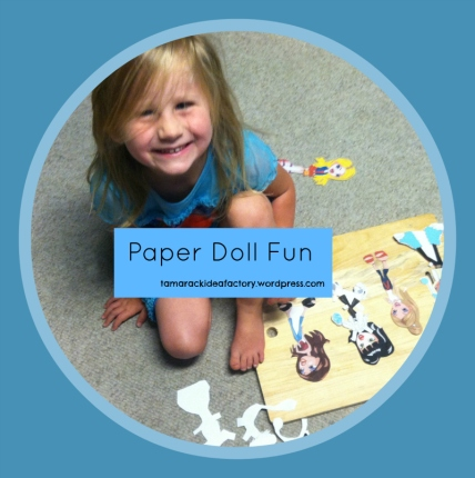 Sof with paperdolls